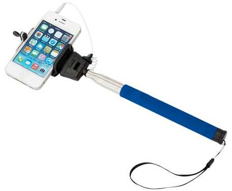 camera-shot-selfiestick-bluehandle.jpg